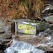 Il ruscello con acqua a pochi passi (acqua chiusa in inverno)