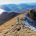 Bereits im Abstieg über den Westgrat, mit Sicht nach Lugano.