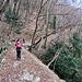 Il largo sentiero che risale la Val Serrata.
