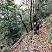Il sentiero che corre di fianco all'impluvio della valle di Sant'Antonio presenta diversi tratti ripidi ed a volte esposti.