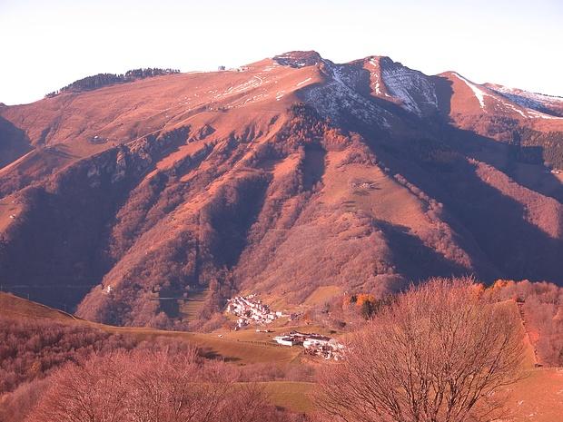 Alta Val di Muggio, visibili i percorsi al Generoso da Scudellate e da Roncapiano