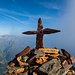 Gipfelkreuz Bristen. Grosser Berg, kleines Kreuz. So habe ich es eigentlich am liebsten!
