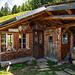 Geöffnete Hütte beim Bristenstäfeli
