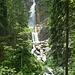 ...bis der erste Wasserfall erreicht ist.