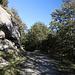 Im Abstieg vom Monte Gorzano - Vorbei an schönen Fels-Stellen.