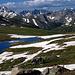 Aufstieg zum Pass zwischen Independence Lake and Lost Man Lake. Die Geissler Mountains are rechts ausserhalb der Bildes. Der schöne Gipfel mit dem weißen Couloir auf der linken Seite ist einer von fünf (5!) Grizzly Peaks in Colorado. Dieser hier ist dem Independence Pass am nächsten
