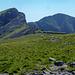 Blick vom ersten (Y Garn) zu den nächsten Gipfels (Mynydd Drws-Y-Coed und Trum Y Ddysgl)