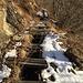 Il canale di gronda a 800 m di quota