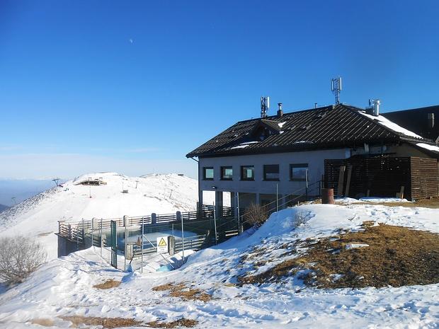 In cima al Monte Marca.