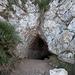Höhleneingang (es darf im Entengang durchgewackelt werden)