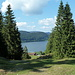 Sicht hinunter zum Lac Brenet (der kleinere der beiden Seen)