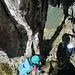 Markantes Felsenfenster direkt am Grat