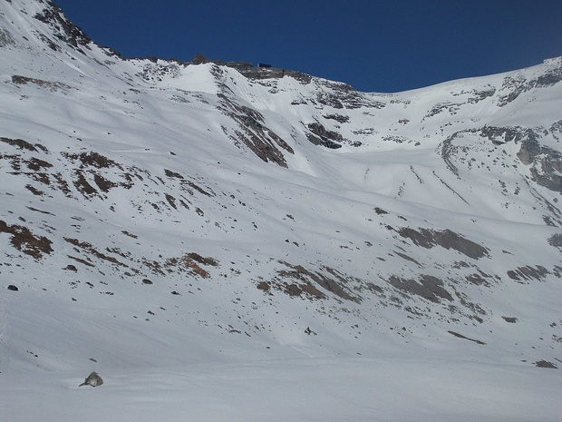 Nach der Hangquerung beginnt der Aufstieg zur Cabane de Tracuit.