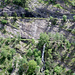 Oben der Südrampe-Höhenweg, unten die Manera Suon