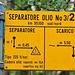 Erstmalig habe ich ein solche Schild in der Schweiz angetroffen - wer kann darüber berichten - gesehen am Ende der Gola?