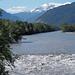 Zusammenfluss von Rhein und Landquart. Das Wasser beider Flüsse war von der Schneeschmelze ganz grau.
