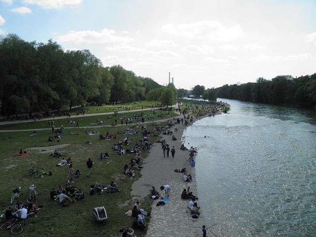Isar bei der Reichenbachbrücke, Blick nach Süden