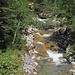 der schöne Bergbach in den Gorges de L'Evi