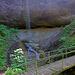 Gefolgt von diesem schönen Wasserfall welcher von einem Seitenzufluss herab plätschert.
