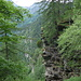 wir wandern weit oben tief ins Val di Lodrino