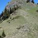 """Nun die """"Schlüsselstelle"""" der Tour, relativ steiler Aufstieg auf den Gratgipfel mit Mast. Sieht hier eigentlich harmlos aus..."""
