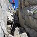Mit Stahlseil gesicherte Passage zum Gipfel des Teufelstättkopfes.