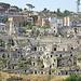 Ma il comune dice che però la città è moderna: la parte meno risanata dei Sassi con sopra palazzine e condomini.
