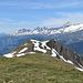 Weitester Gipfel heute, laut www.udeuschle.de, ist die Tour Sallière bei Martigny (102km entfernt).