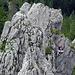 Klettererin im Klettergarten des Chli Schijen