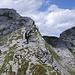 Den Cima d'Erbea haben wir aufgrund des bevorstehenden Wetterwechsels umgangen und sind hier beim Gipfelaufbau direkt ostseitig abgestiegen.