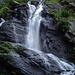 Mi diverto a fotografare le cascate dal fondovalle.