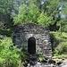 Zurück am Pass geht es dann in südlicher Richtung vorbei an dieser kleinen Kapelle...