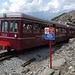"""Nid d'Aigle - """"Jeanne"""" hat uns soeben zur Endstation der Tramway du Mont-Blanc gebracht. Nun geht's also zu Fuß weiter."""