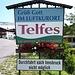 """<b>Telfes im Stubai, una località turistica, """"Luftkurort"""" che si vanta di essere la più soleggiata della valle. Il toponimo Telfes deriva da """"tellevo"""" e significa """"terra fertile"""".  A Telfes ci sono più di 1500 roseti! </b>"""