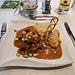 <b>Alle 20.00 cena con Gulasch di vitello insieme a cubetti di verdure & puré di polenta, con un'ottima birra della Zillertal.</b>