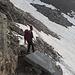 dallo Zwischbergenpass ci abbassiamo sotto la cresta sud est per prendere i ripidi nevai