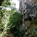 ...unter den Felswänden des Rheingrafensteins hindurchführt.