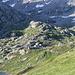 <b>Sguardo all'Alpe di Lucendro (2181 m).</b>