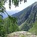 Neben dem Blick in Richtung Rhonetal gibt es oben deutlich beeindruckendere Aussichten