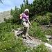 Im steilen und langen Abstieg zur Chamanna Cluozza