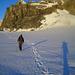 Lange Schatten im Aufstieg zum oberen Firnpegel