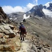 Einfacher wrw Wanderweg zurück zur Diavolezza-Bergstation.