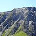 Die Flanke zum Fulenberg wird immer braver je näher man kommt. Der Aufstieg vollzieht sich zuerst rechts, dann links der Rinne, die vom höchsten Punkt kommt