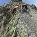 Facili e divertenti passaggi (ottima roccia) sulla cresta SE della cima di Gana Rossa.