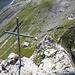 Tiefblick von der Wagenlückenspitze zur gleichnamigen Hütte und Lücke