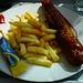 Currywurst: wurstel con sopra curry secondo la tradizione berlinese.