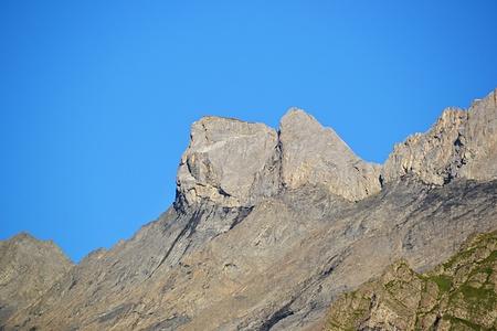 Zoom auf die Mättlenstöck im Aufstieg.