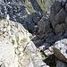Abstieg vom Rigidalstock durch die Rinne auf der Nordseite des Grats