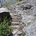gradini scavati nella roccia