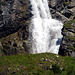 ein letztesmal der Stäuber, leider kann der untere Teil des Wasserfalls nicht gesehen werden, da ein blöder Hügel die Sicht verunmöglicht